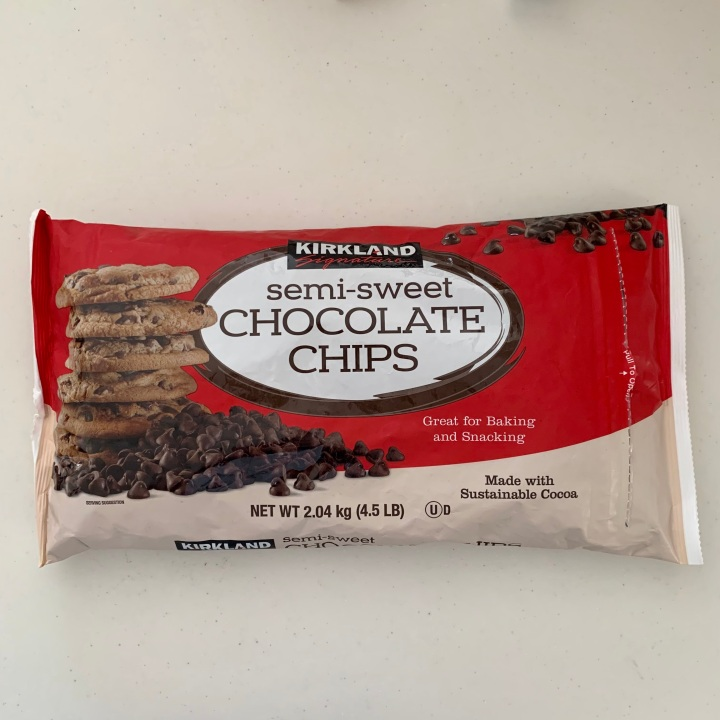 Review: Kirkland Signature Semi-Sweet Chocolate Chips